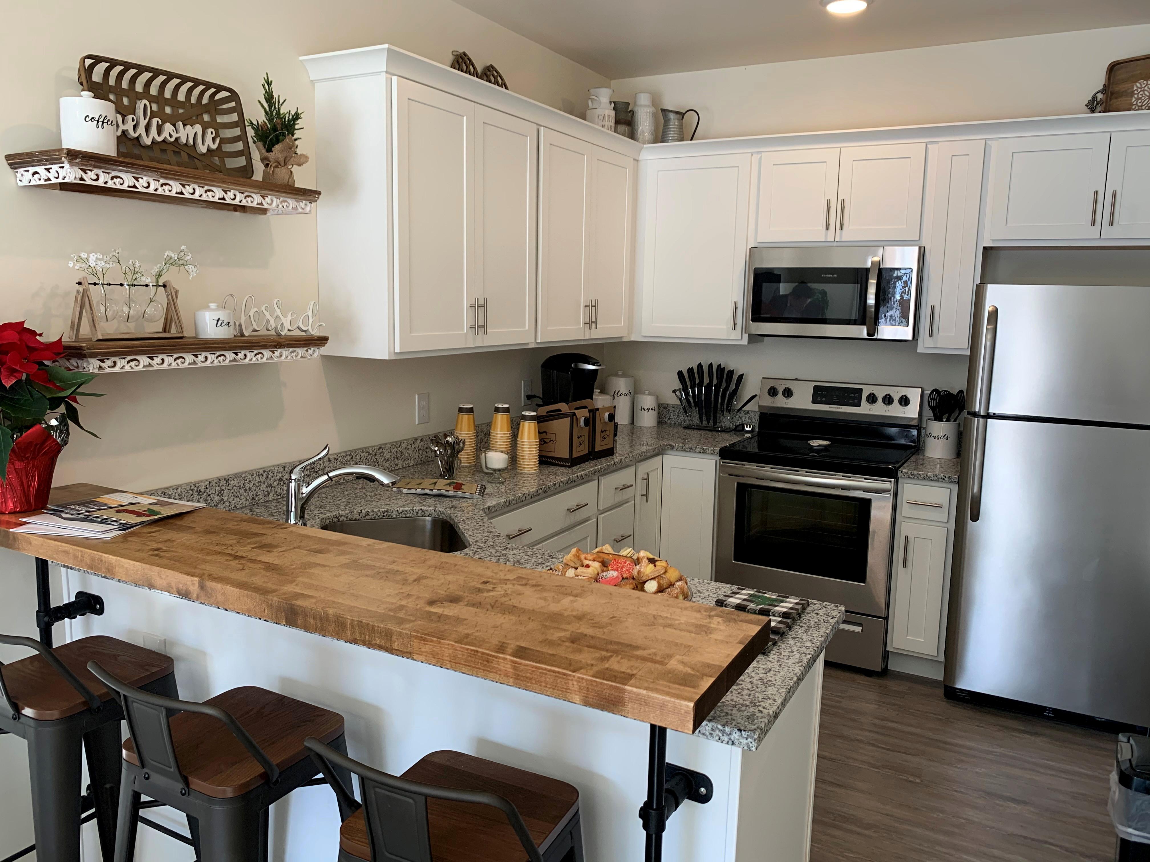 City Mission Apt – Kitchen